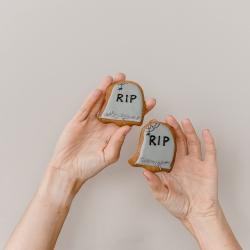 Šmėklinėjame ir šmėklinėsime sausainių pavidalu iki pat Helouvyno @tiekepejai ir @wolt.lietuva #halloweencookies #helouvynas #tiekepejai #tilto6