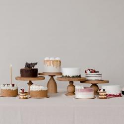 Ar gali tilpti visi šie tortai į vieną dėžutę? Tikrai taip! Vasario 24-25 d. ruošime degustacinius tortų rinkinius (išsinešimui), tad turėsi galimybę paragauti visų mūsų 8 tortų vienu kartu. Ir tam visai nebūtina planuoti didelę šventę, pati degustacija gali tapti švente. Degustacinio rinkinio kaina 32 eur, o rezervuoti labai paprasta - Instagram ar Facebook žinute arba el. paštu labas@kepejai.lt #skaniausitortai #tortųdegustacija #tilto6 #tiknaturalusproduktaiirniekodaugiau