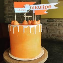 Gimtadienio tortas gali atvažiuoti ne tik į namus, bet ir į įmonės gimtadienį. Brūkštelk žinutę laura@kepejai.lt ir aptarsime gražiausią ir skaniausią tortą tau ir tavo kolegoms! #gimtadieniotortas #tilto6 #tiekepėjai #įmonėsgimtadienis